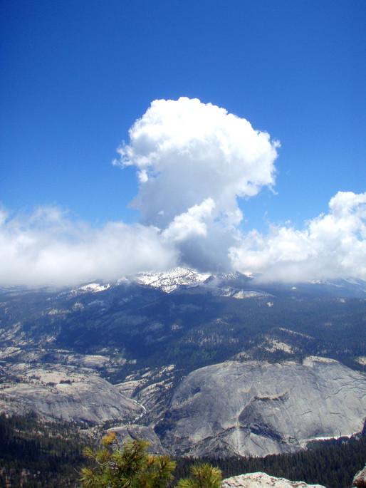 Big Puffy Cloud from Cloud's Rest