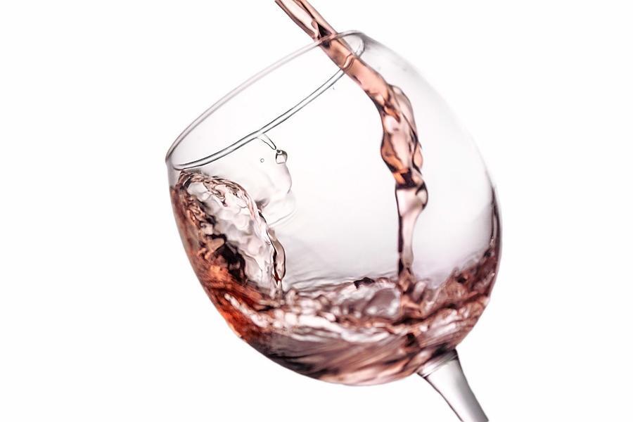 rose-splashing-in-glass.jpg