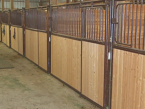HiQual Original Horse Stall