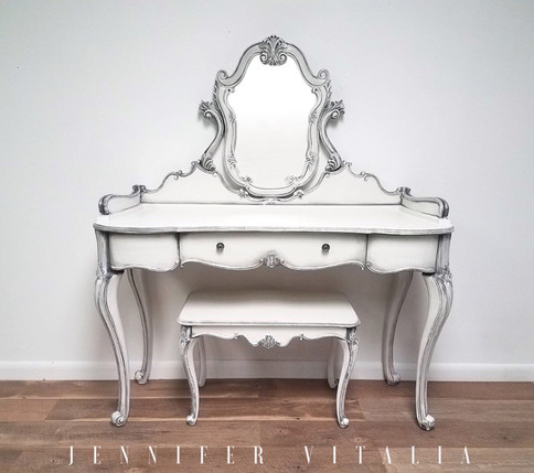 make up vanity - Jennifer Vitalia Design