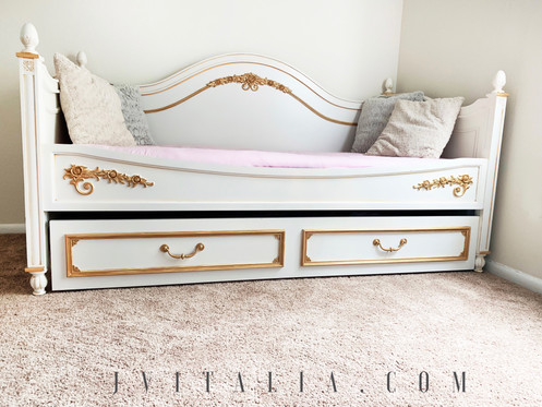 Trundle Bed.Twin Trundle Bed
