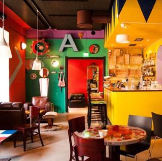 Klo 19.00 Jazz-musiikkia Bar Favelassa