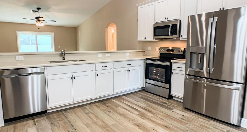Madison Floorplan - Groza Builders Inc.