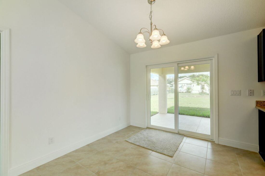 Esmeralda Floor Plan - Groza Builders Inc.