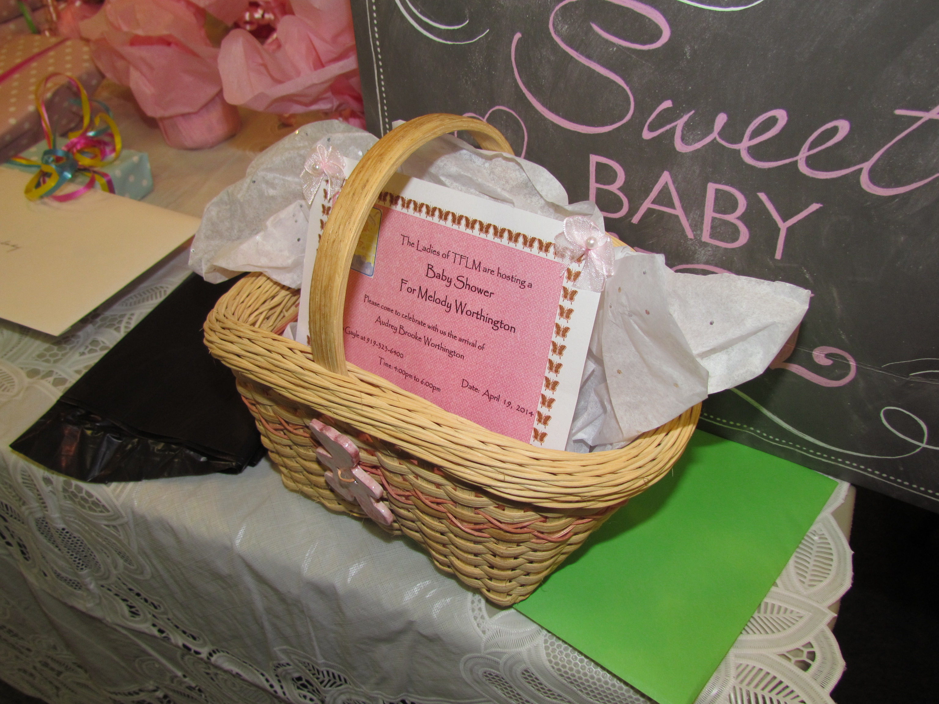 Baby Shower basket close up