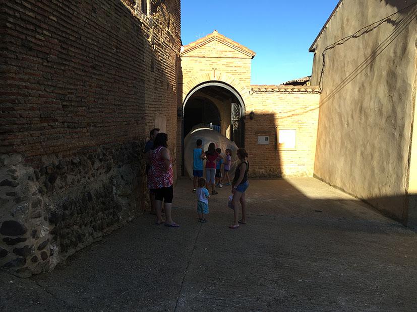 Atravesando la iglesia _ Playa-220