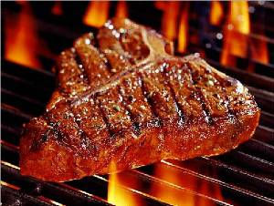 BBQ sauce on steak 300-226.jpg
