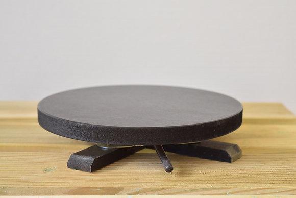 Table tournante sur pied en bois goudronné