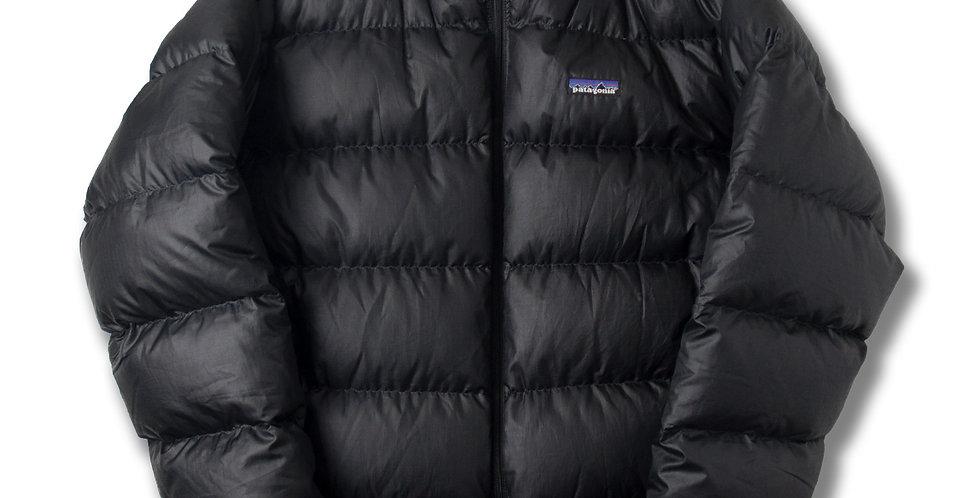2005年製 パタゴニア メンズ ダウンジャケット ブラック XL 84601