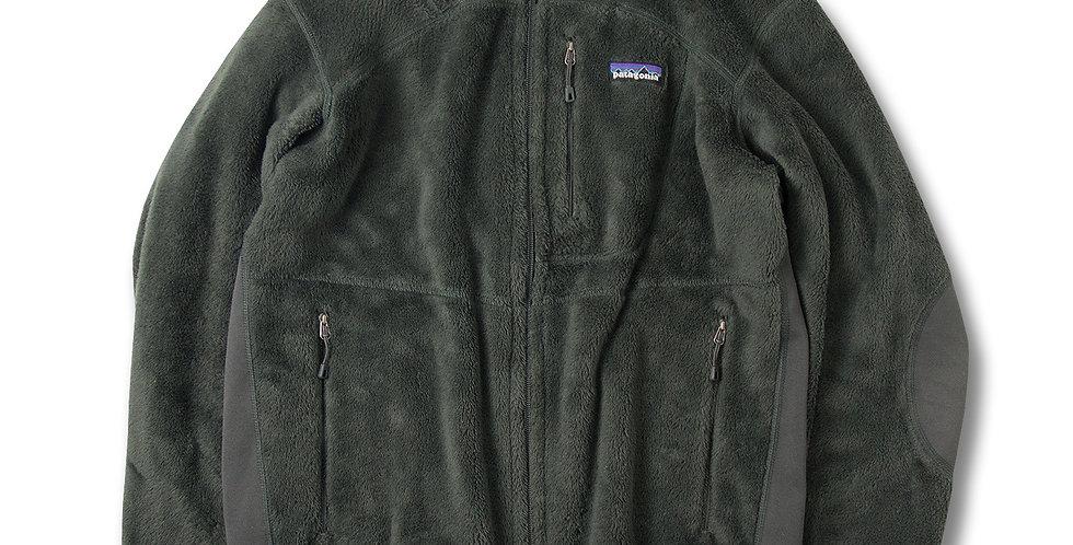 2011年製 SMALL パタゴニア メンズ R2ジャケット Narwhal Grey