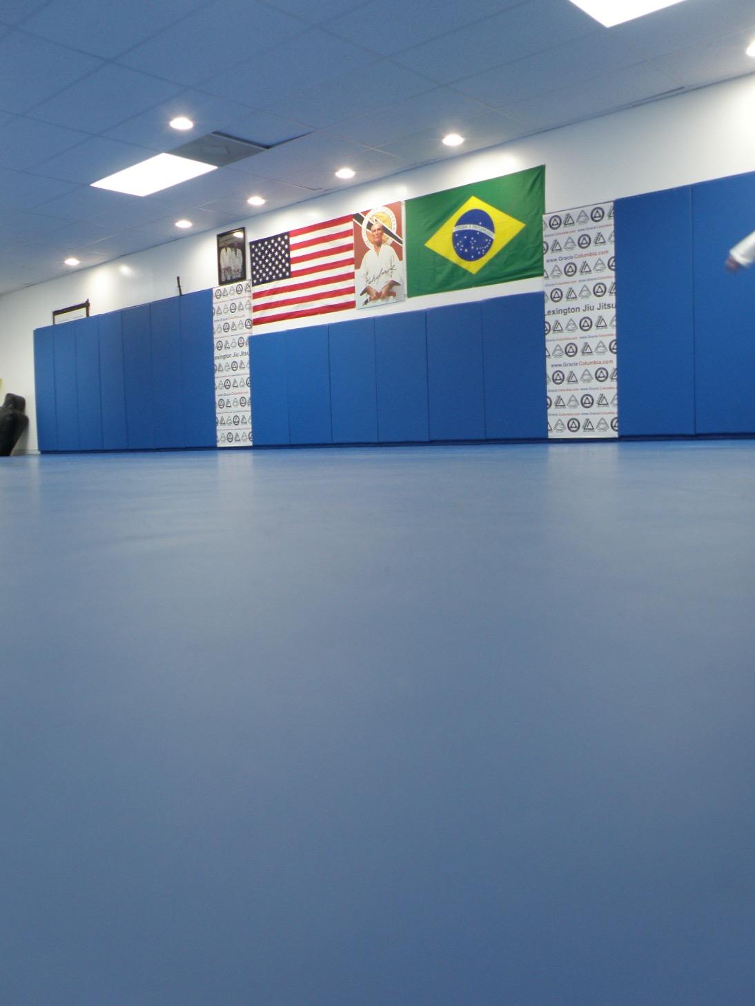 Lexington Jiu Jitsu | Black Belt Gracie School