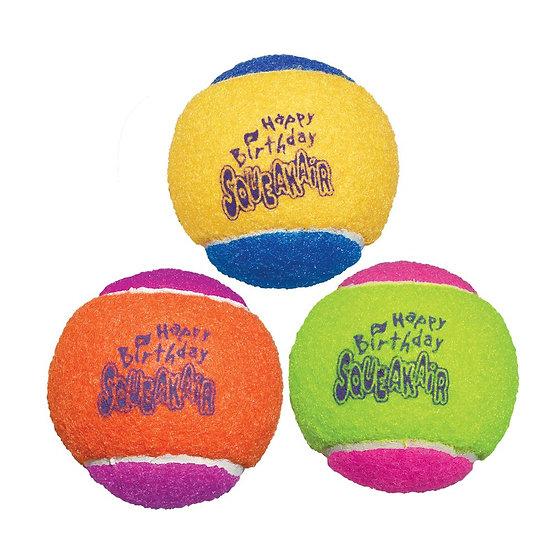 KONG SqueakAir Birthday Balls - Medium 3 Pack