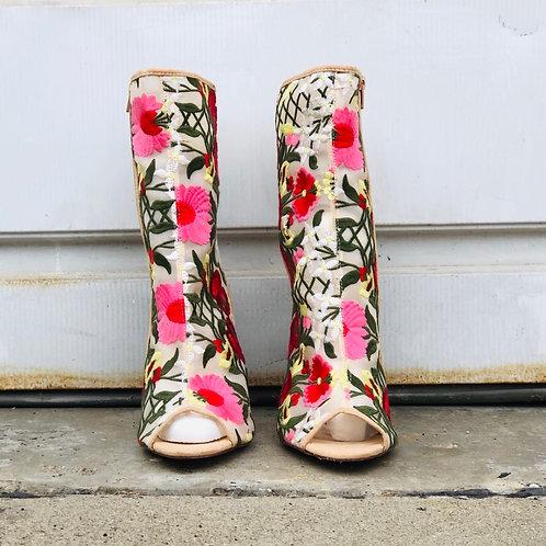 Mayweather Chunky Heel Shoe