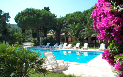 piscine-solarium-hotel-dei-marres-ramatu