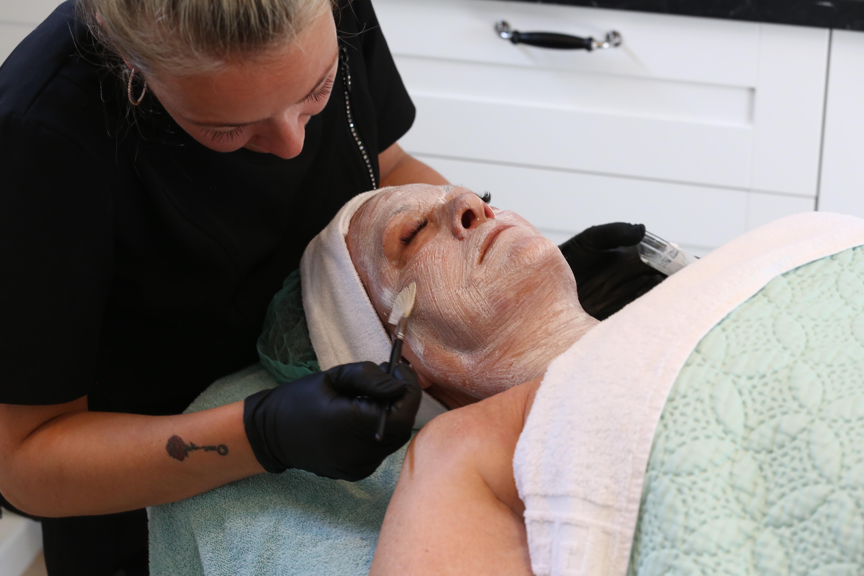 Basis incl. onzuiver verwijderen massage