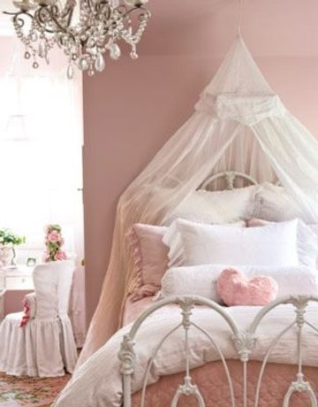 8 Strategies to Cope With Your Teenage Daughter's Bedroom