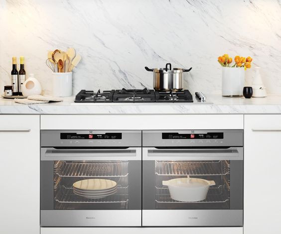 Picture of double oven