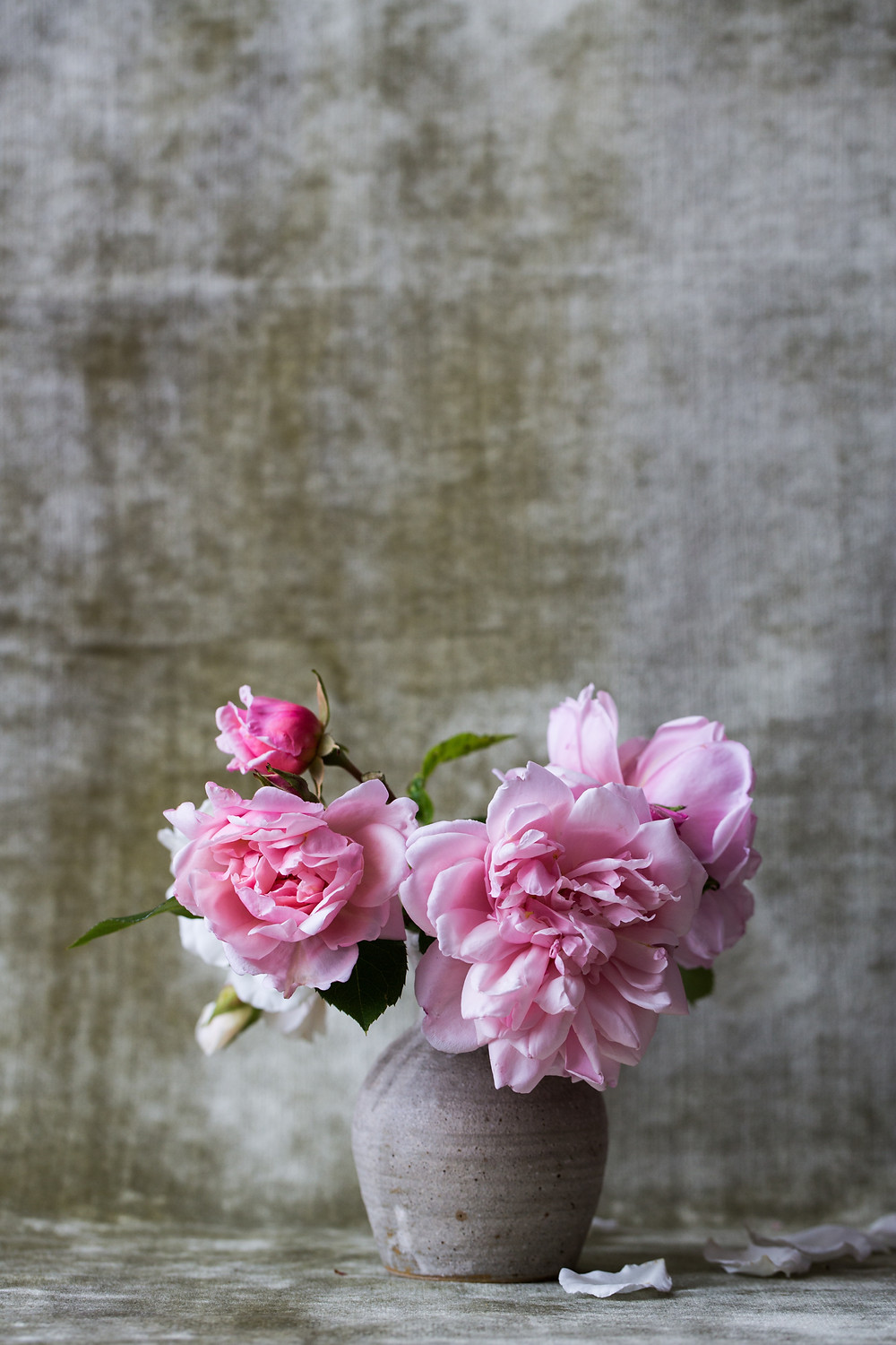 Beautifully-styled vase of pink flowers