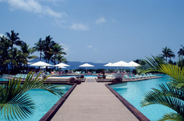 Hayman Island by df1hx at www.flickr.com