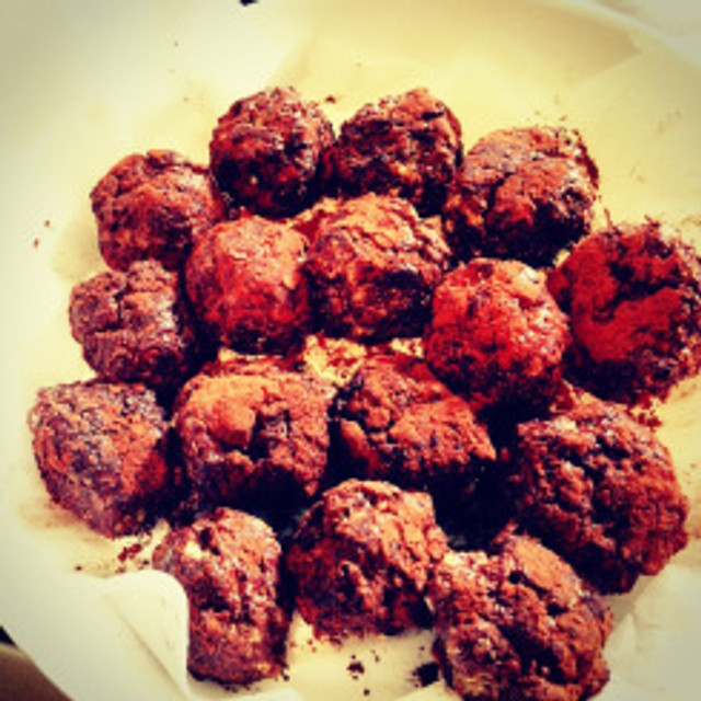 Healthy Snacking Energy Balls For Tired Women