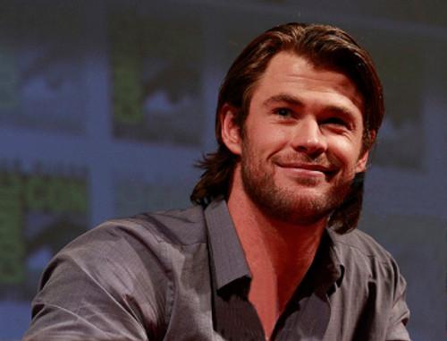 Gratuitous photo of Chris Hemsworth