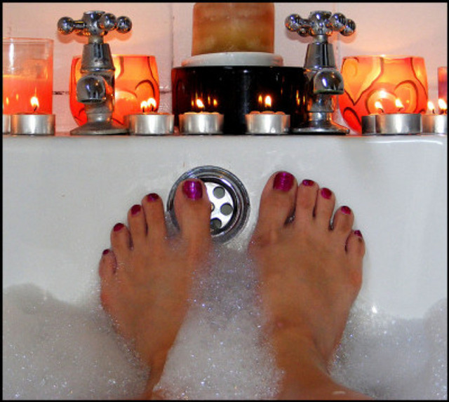 10 Awesome Ways Middle Aged Women Can Relax