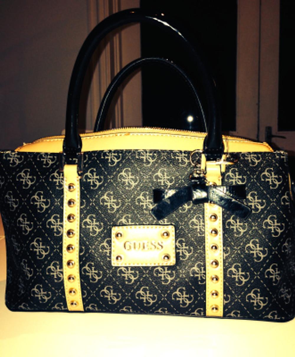 Women and Handbags: A Love Story