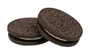 English: Two regular Oreo cookies. Please chec...