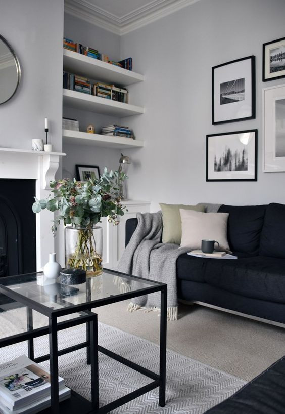 Black Is Back: The Monochrome Home