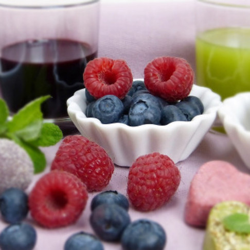 Eating And Drinking Healthily In Middle Age To Maintain Your Body Weight