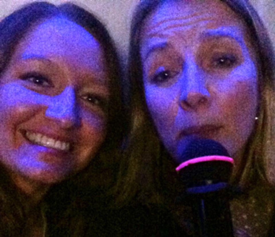 Karaoke Chicks