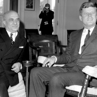 La Politica Estera Italiana negli Anni del Dopoguerra: Amintore Fanfani