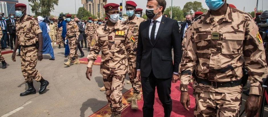 """La morte del """"gendarme del Sahel"""": quali preoccupazioni per la regione?"""