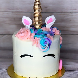 Custom Cakes+