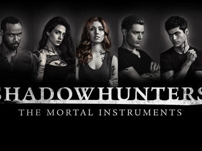 Resenha | Shadowhunters | 1ª Temporada | Episódio 001- Cálice Mortal