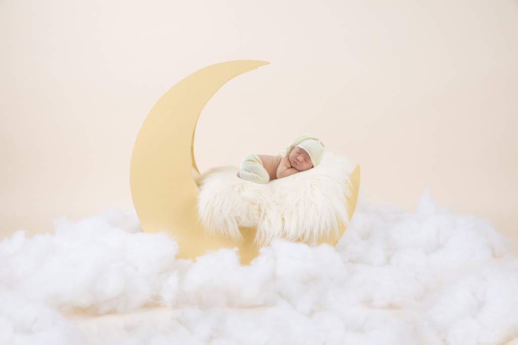Yellow moon baby clouds_9335.jpg
