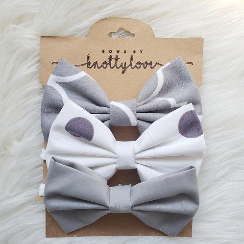 Greyscale Bow Set