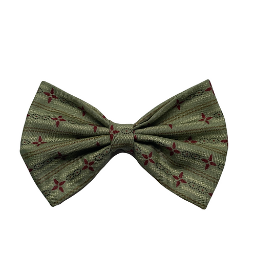 Winter Green Classic Bow