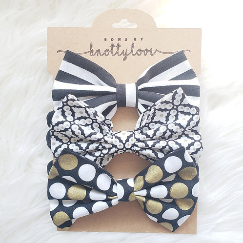 Black and Gold Bow Set