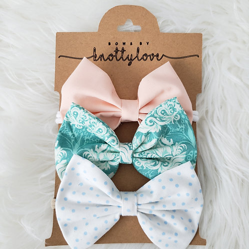 Soft Elegance Bow Set