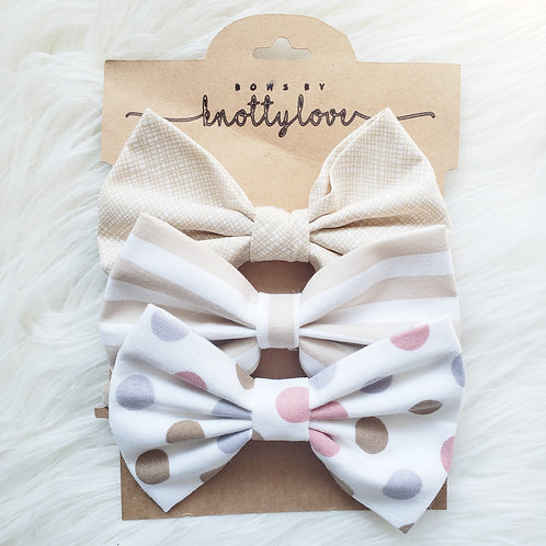 Beige Basics Bow Set