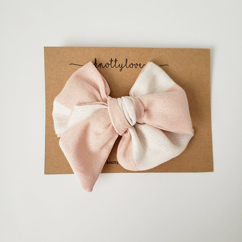 Peachy Oversized Pinwheel Bow
