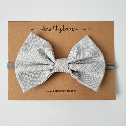 Lined Gray Classic Bow