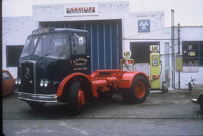 C H Bayliss Lorry