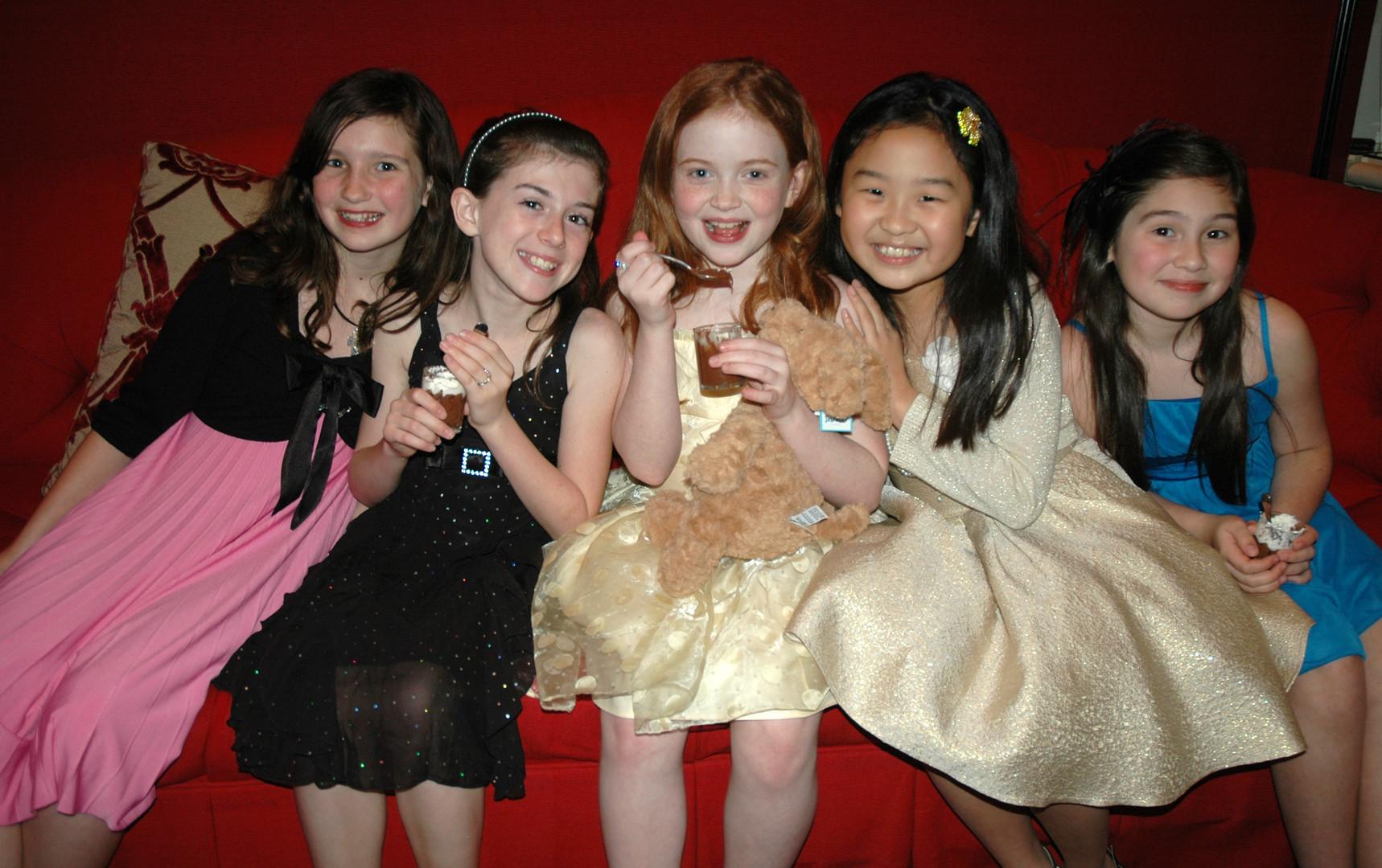 Annie Party 2.JPG