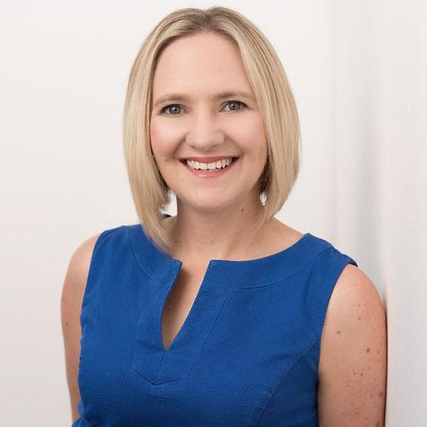 Dr Nicole White