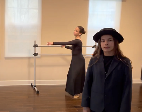 Communication through Modern Dance: the Unknown Accomplishment in History