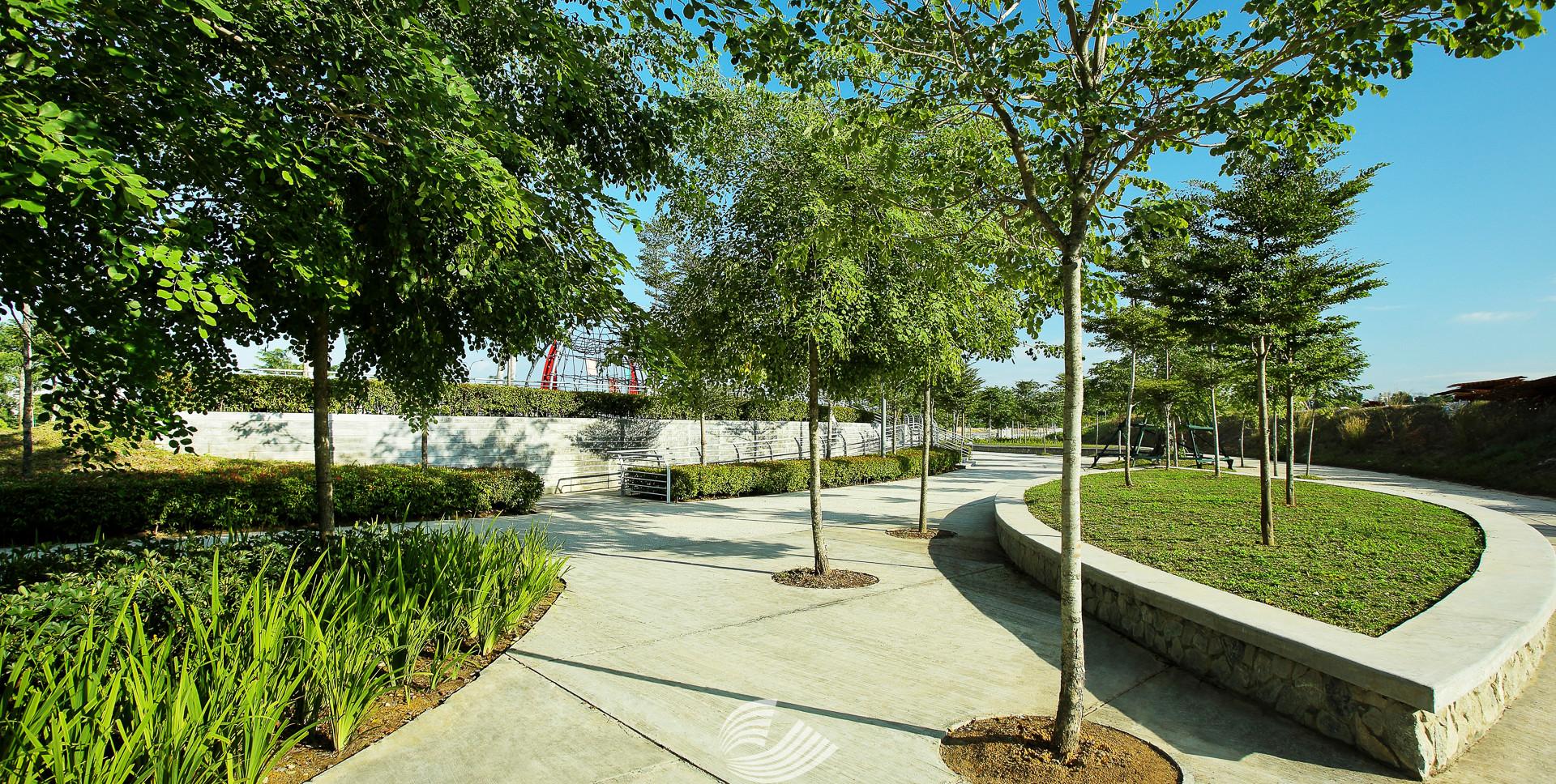 Tropicana Metropark (11).jpg