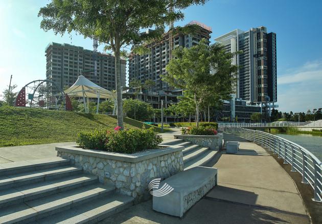 Tropicana Metropark (2).jpg