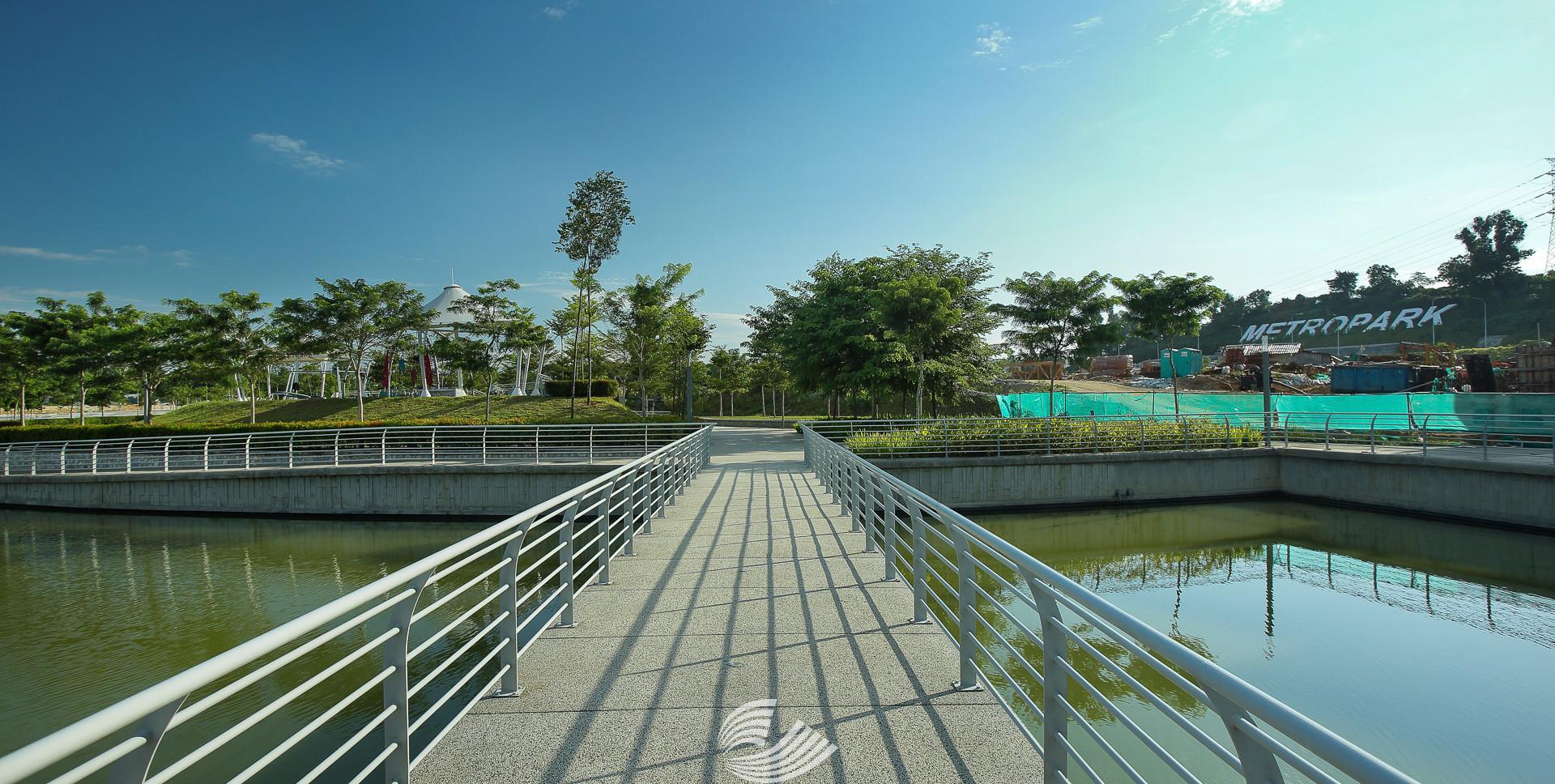 Tropicana Metropark (9).jpg